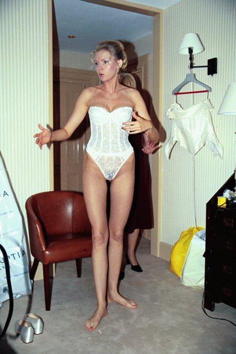 Naked blonde goth girl