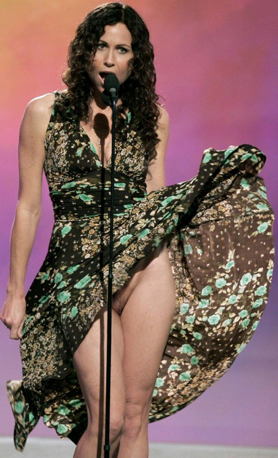 Naked celebrity voyeur