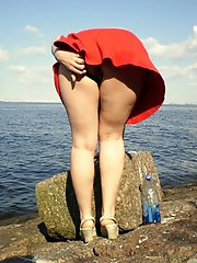 8 pictures - store upskirt pics gallery