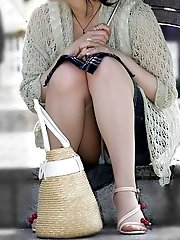 8 pictures - pantie hose candid upskirt pics